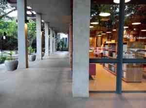 A walk through Freedom Institute Public Library's hallway. © Matthew Hanzel 2015.